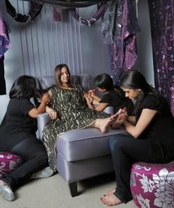 home service salon abu dhabi